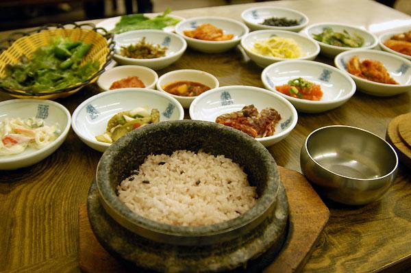 釜山南浦洞の石焼飯定食